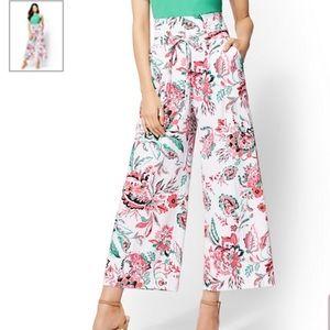 NY&C floral palazzos crop pants